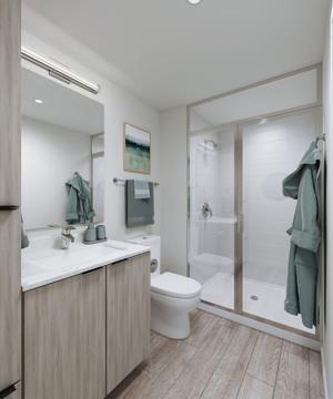 Trailside_Interior_Unit_Bathroom_Cam1_092220.jpg