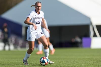 Huskies' storybook season ends in Florida