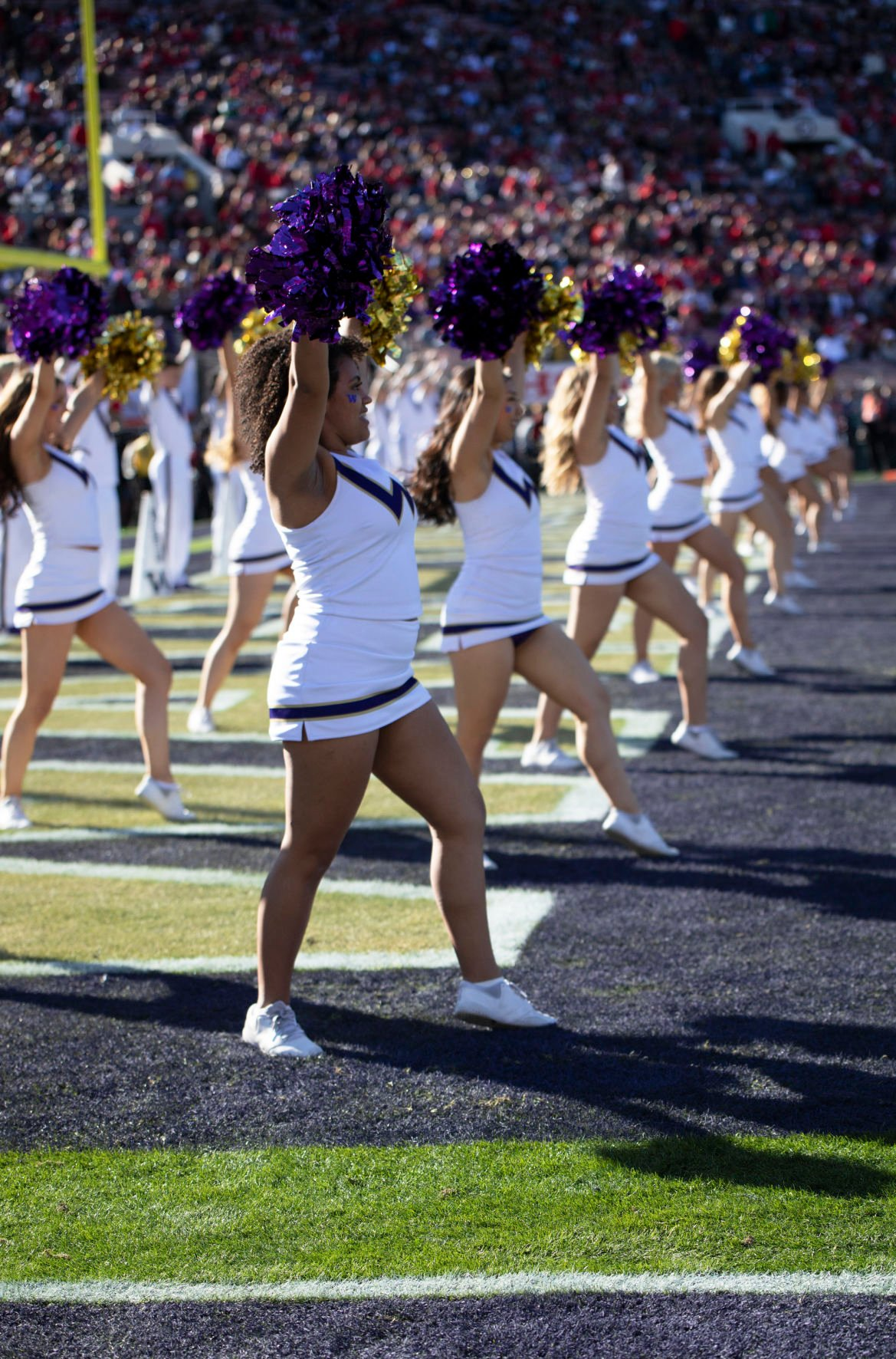 'It's like engraved in my brain': What goes into being a UW cheerleader