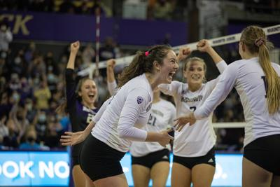 Huskies leave everything on the court in incredible comeback victory
