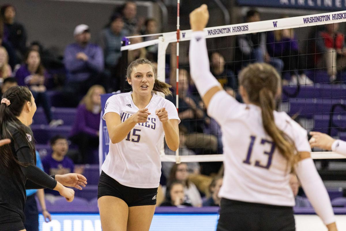 Our Good Is Good Enough Uw Heads To Sweet 16 Focusing On Itself Local Sports Dailyuw Com