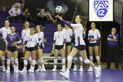 Washington serve key to win over UCLA