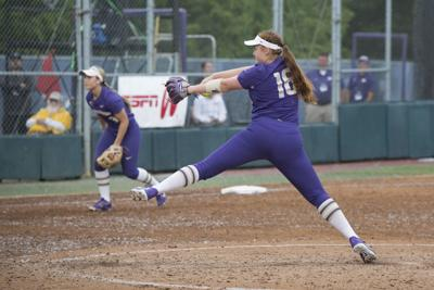 UW changes up lineup in Day 1 sweep at Mary Nutter