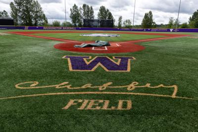UW Baseball halts workouts due to COVID-19