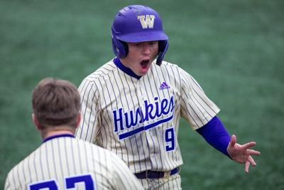 Bats rebound as UW storms back to level series against WSU