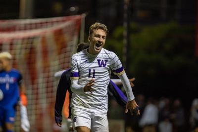 Four-goal second half leads Huskies past Golden Bears for 11th straight win