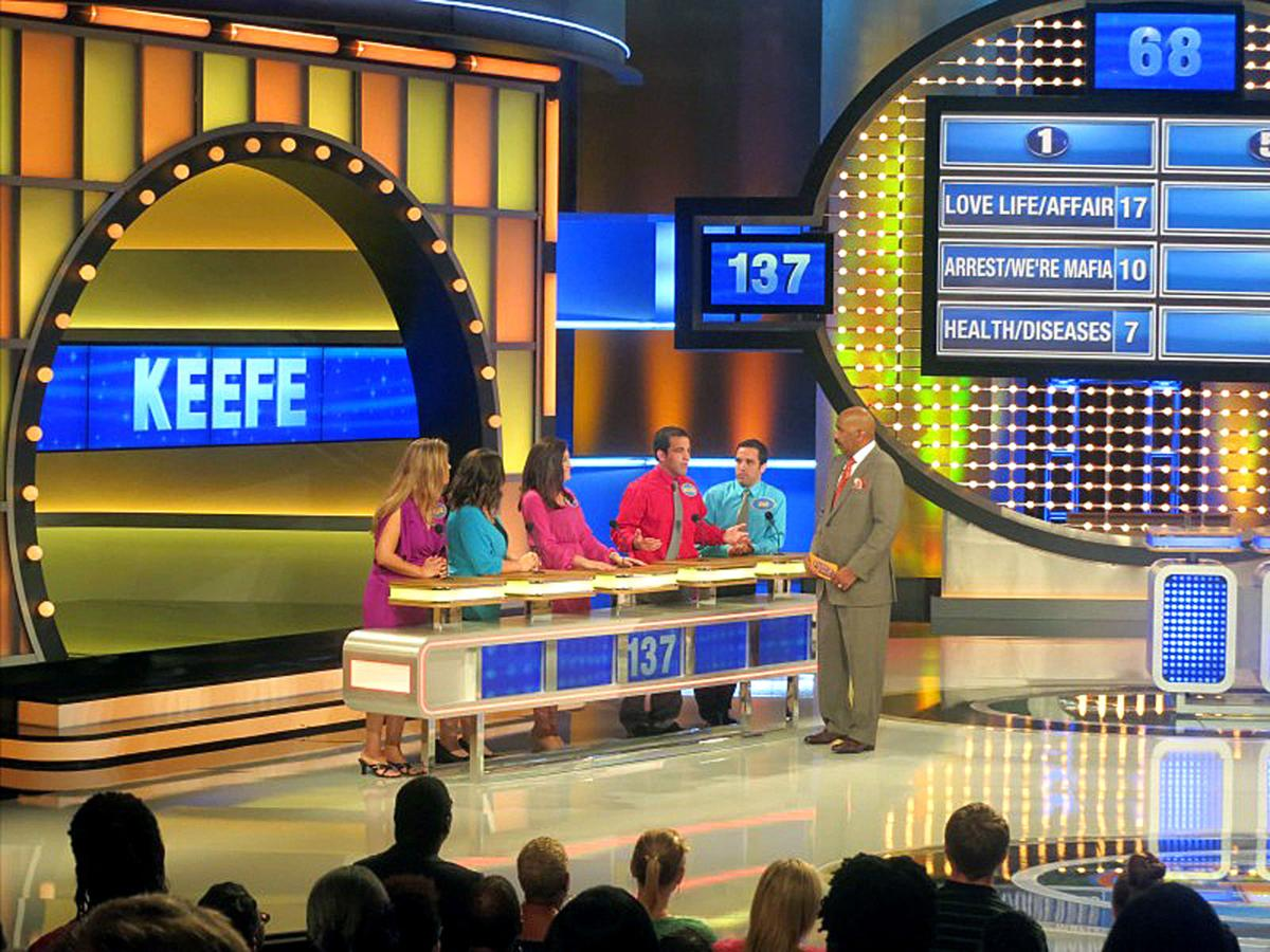 Is family feud filmed in georgia - From Left Josh Keefe Michael Keefe Elisabeth Denton Emily Slatton And Amber Keefe Celebrate Backstage During Their Time On Family Feud