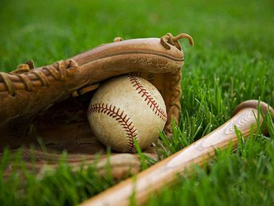 IKM-Manning boys fall at home to Cardinals