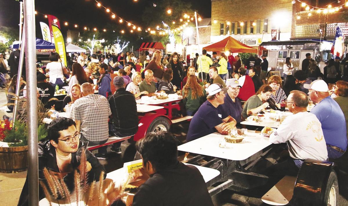 Crowd at 2021 Tri City BBQ Fest in Denison, Iowa