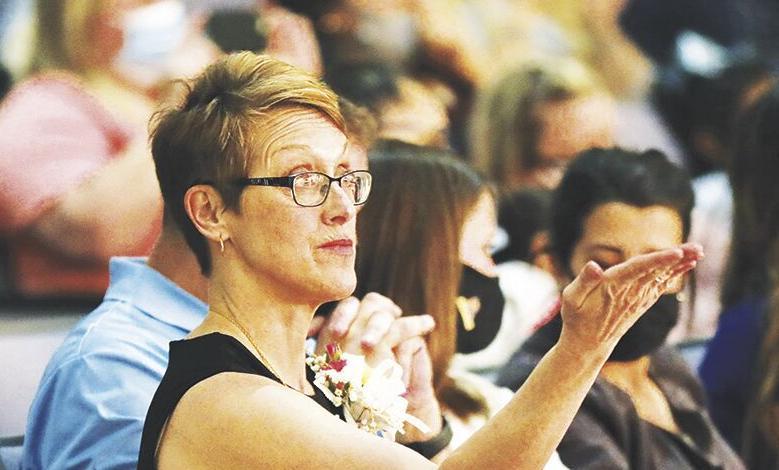 Ann Platt directs the first grade musical, 5-13-2021