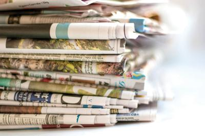 Graphic of newspapers