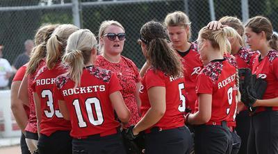 Rocket girls vs. Raptors