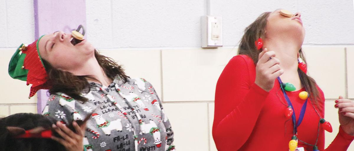 DES Holiday Assembly