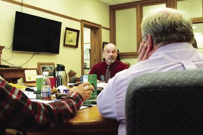 Glen Barngrover at Board of  Supervisors meeting