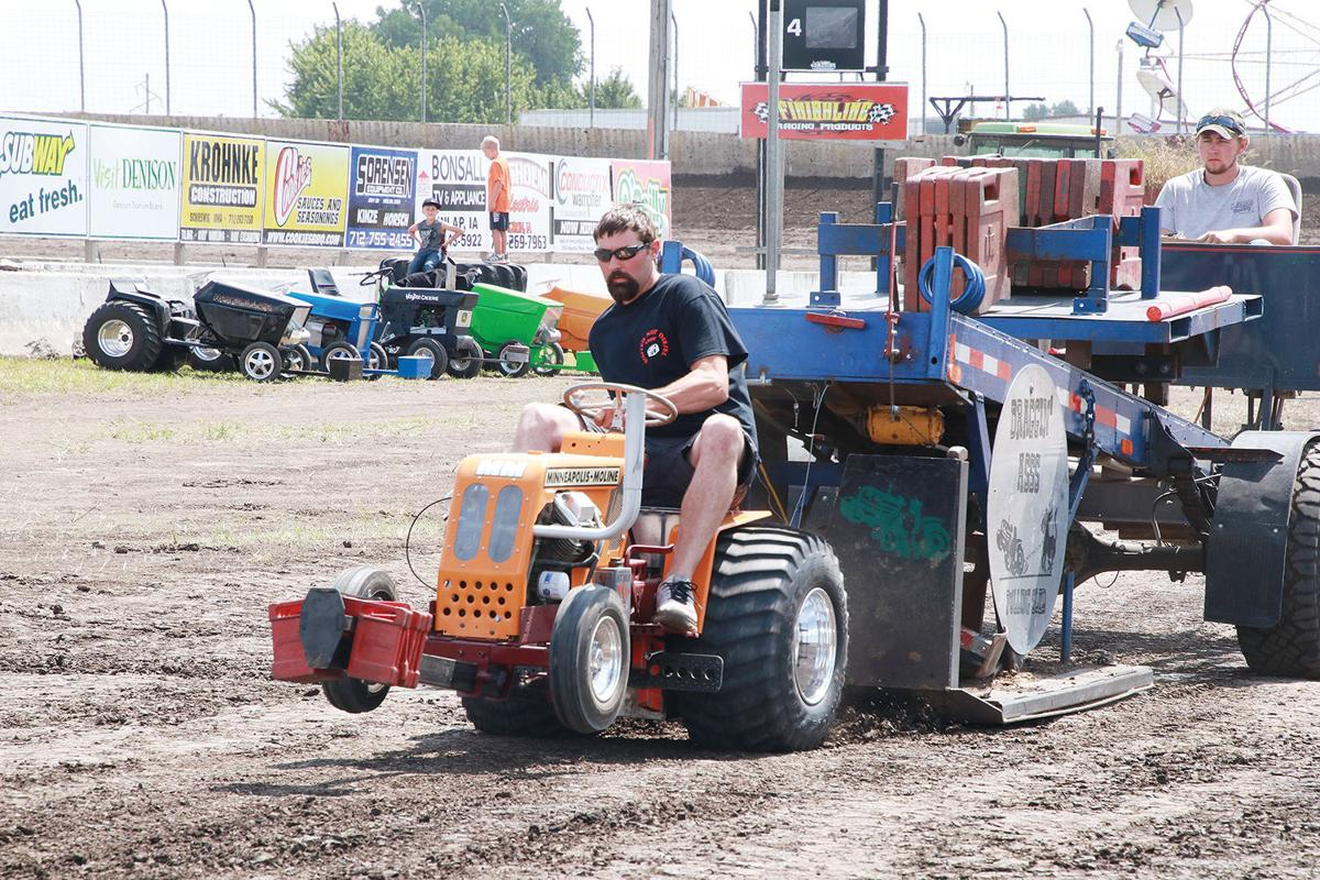 2018 Crawford County Fair Garden Tractor Pull Gallery