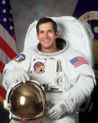 Former astronaut recounts how he reached for the stars