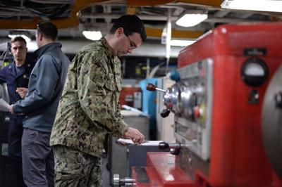 Civilian skills help print future for Reservist
