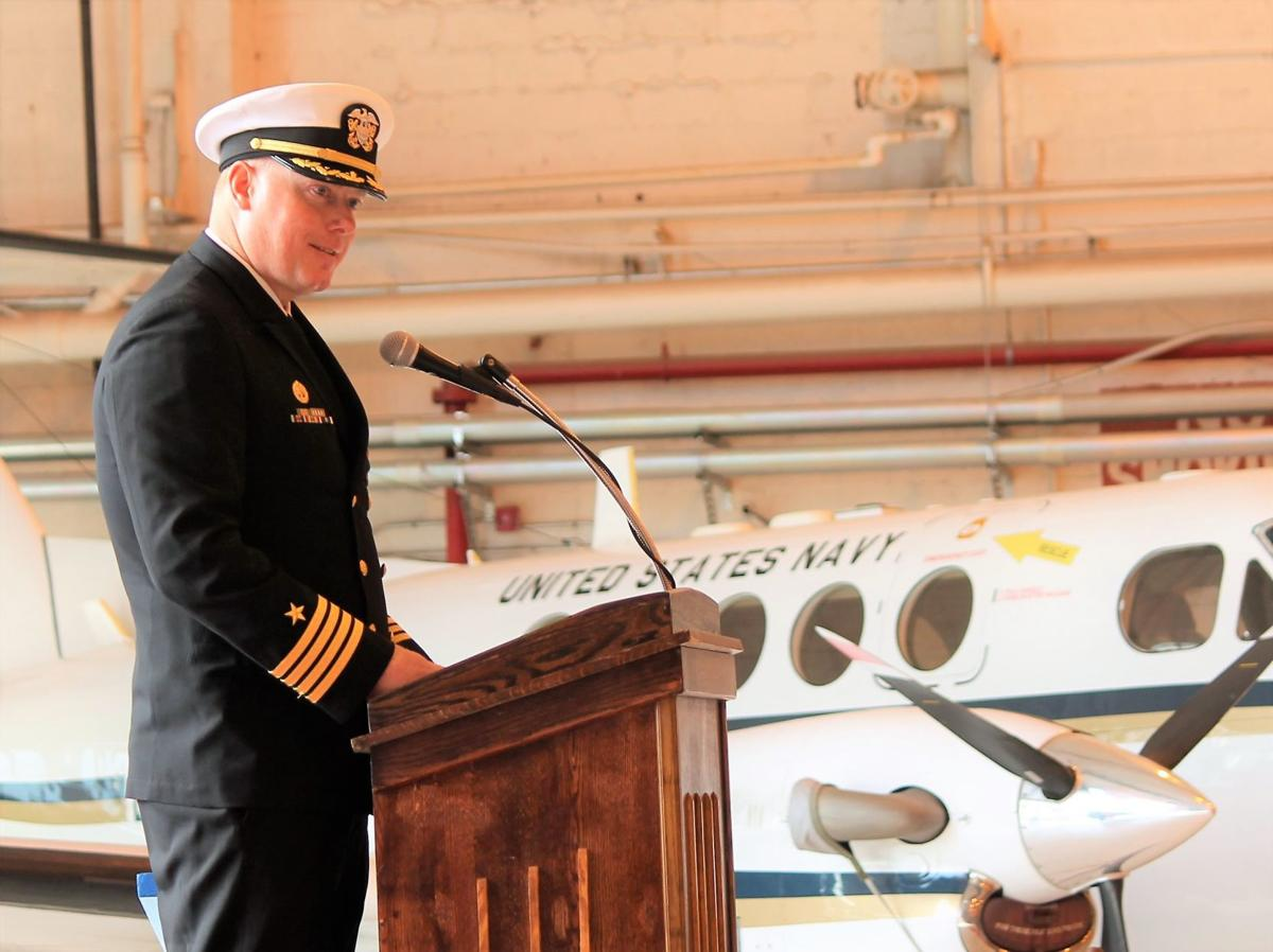 Cox assumes command of NAS Patuxent River