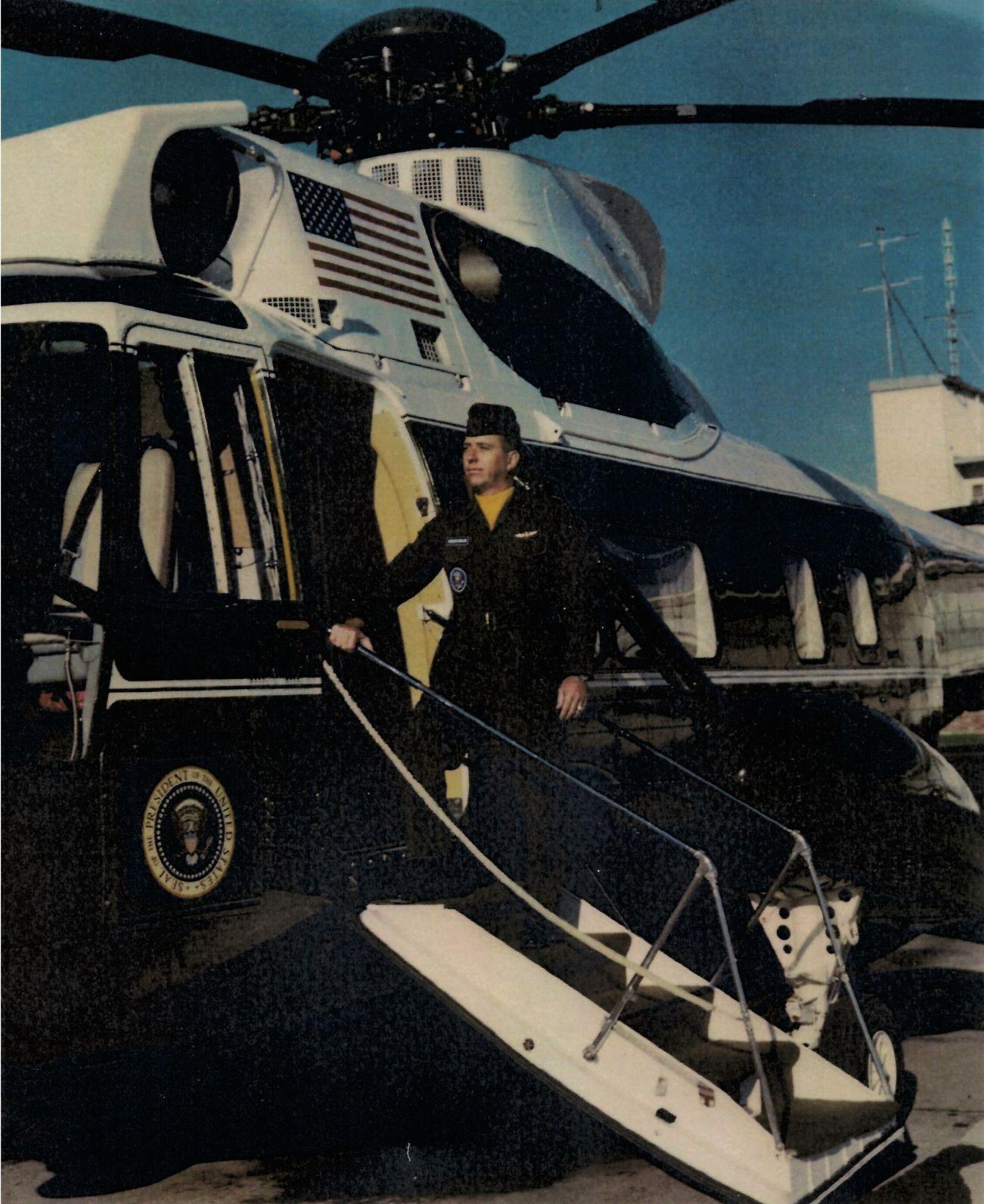 Program executive bids farewell to father's Presidential Sea King