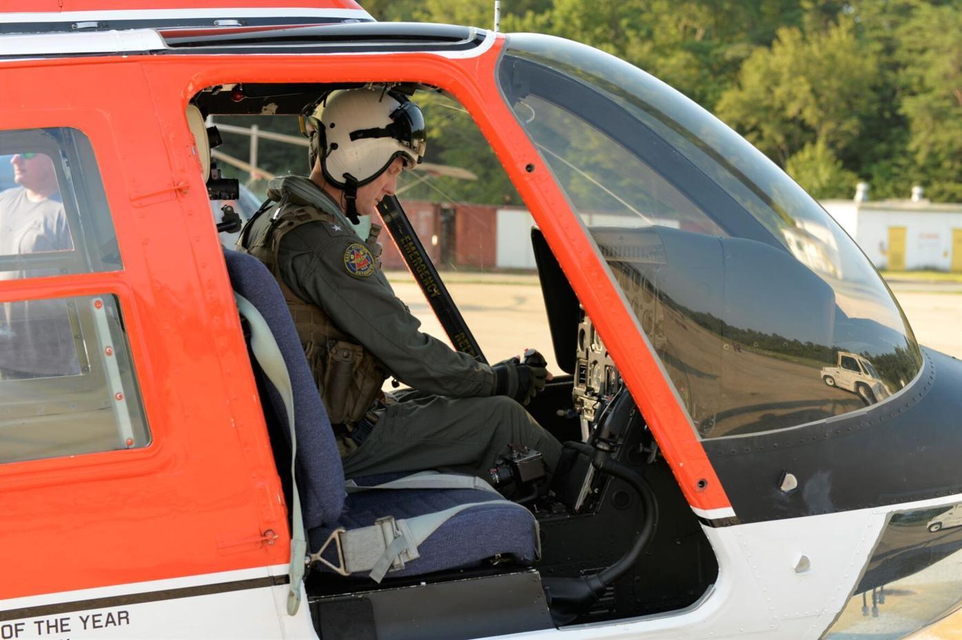 NAVAIR Commander takes final flight as naval aviator