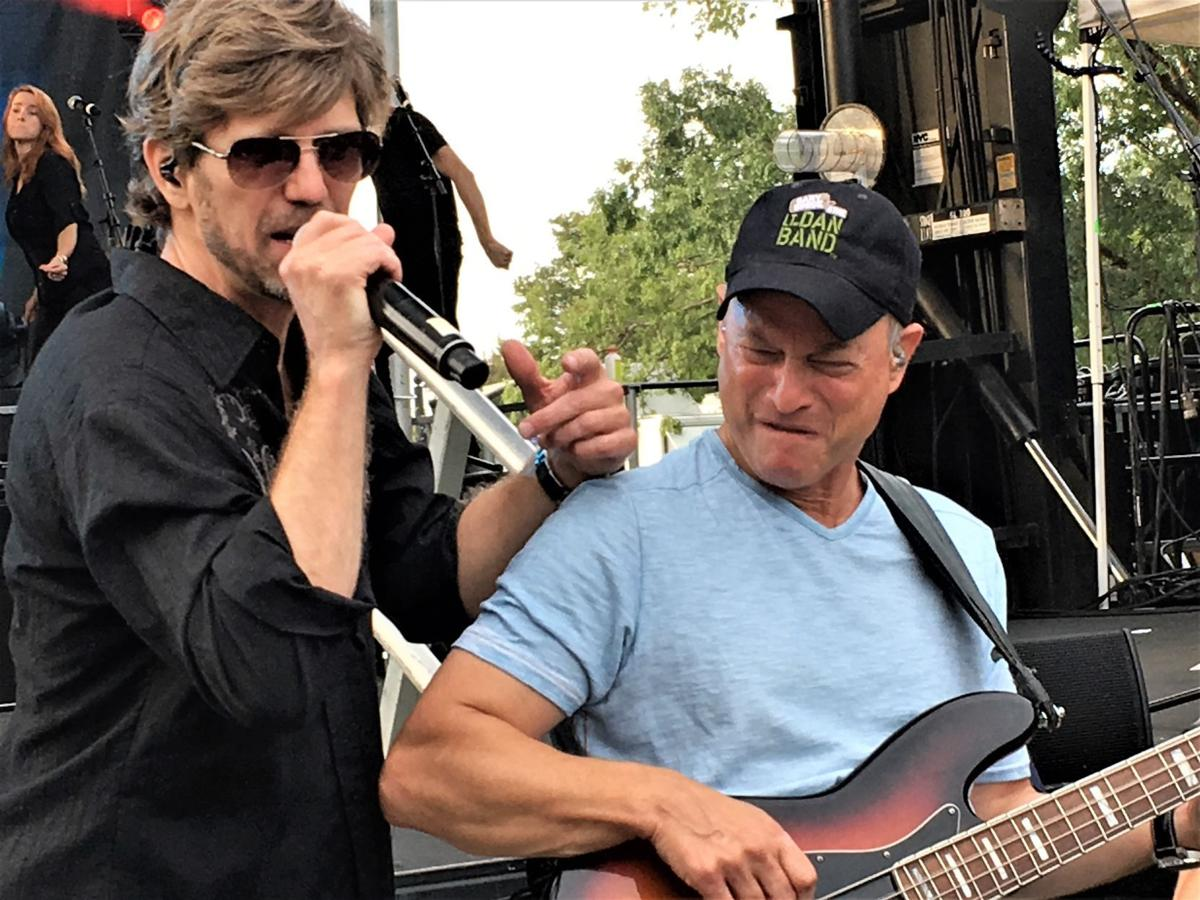 Gary Sinise, Lt. Dan Band entertain thousands at Fort ...