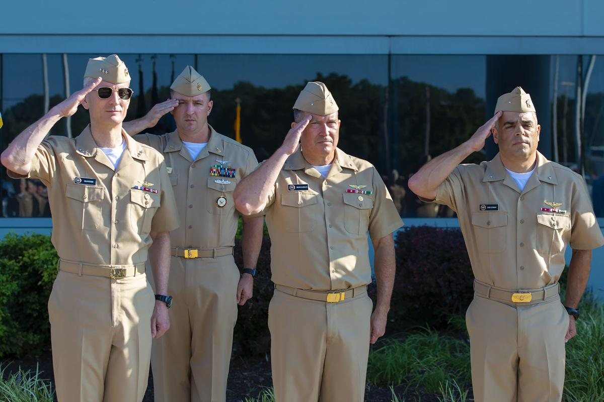 Lemmon assumes command of NAWCAD from Gahagan