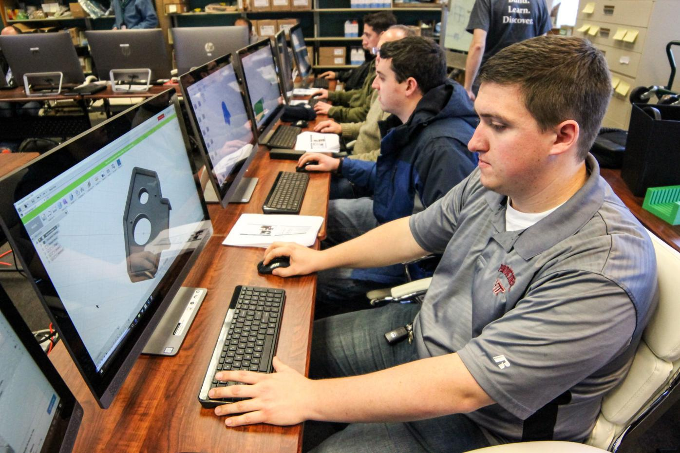 NAVAIR promotes 3-D printing skills for workforce