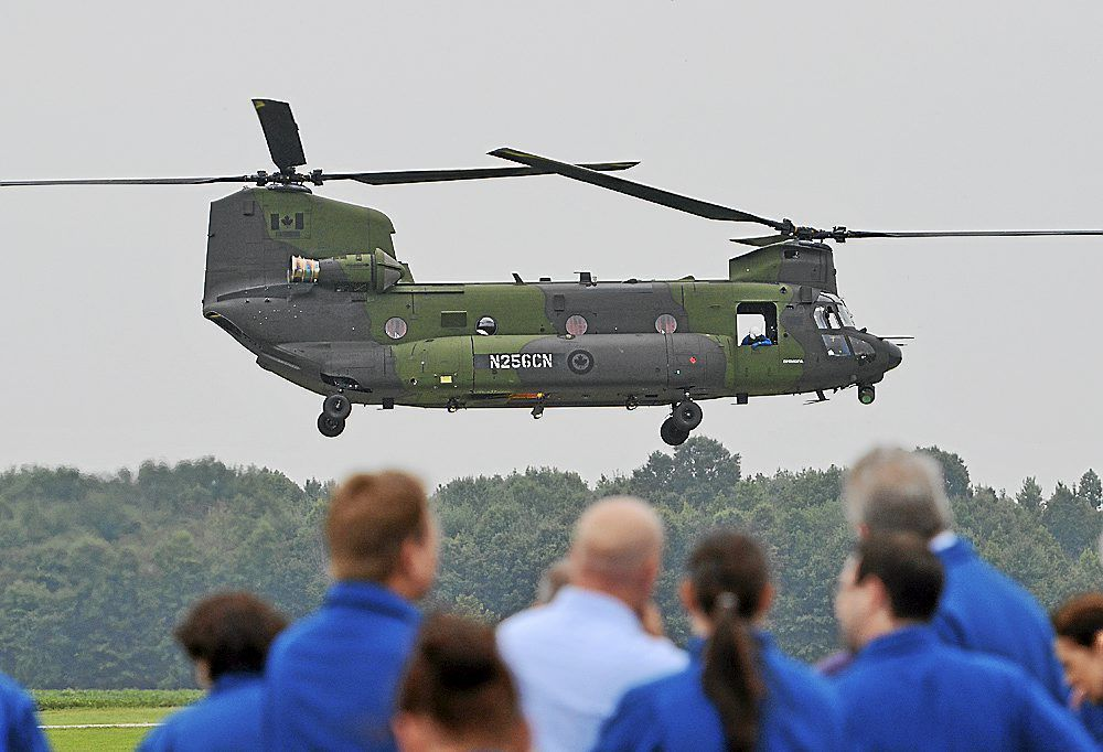 Army moving to delay Chinook upgrades at Boeing plant