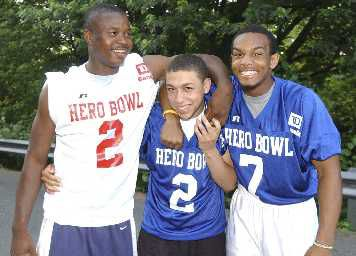 Hero Bowl: Just like old times for trio of friends