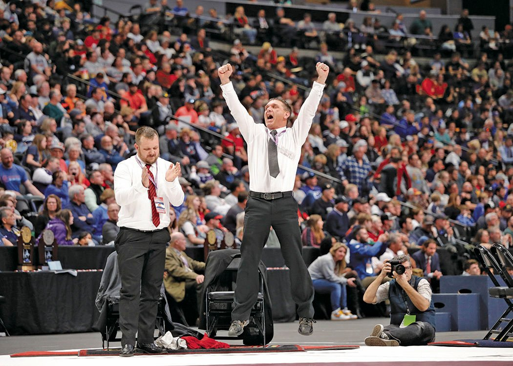 2020 state wrestling_Dad celebrates Neal state title