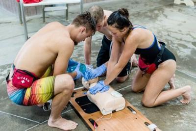 Heddles lifeguard training provides life skills
