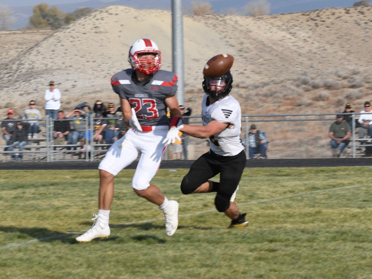 Blaine Peebles (23) makes a great catch