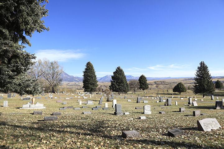 Hotchkiss Riverside Cemetery