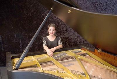 Blue Sage presents solo piano concerts