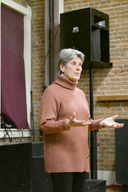Elaine Brett