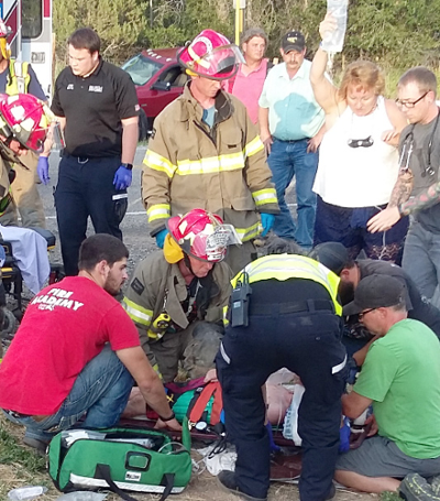 Concertgoers jump in to assist accident victims
