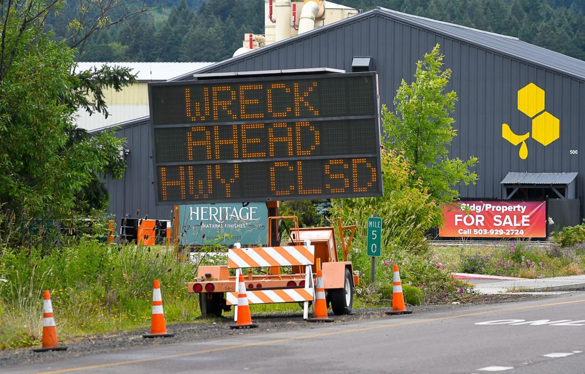 Highway 20 closed 02