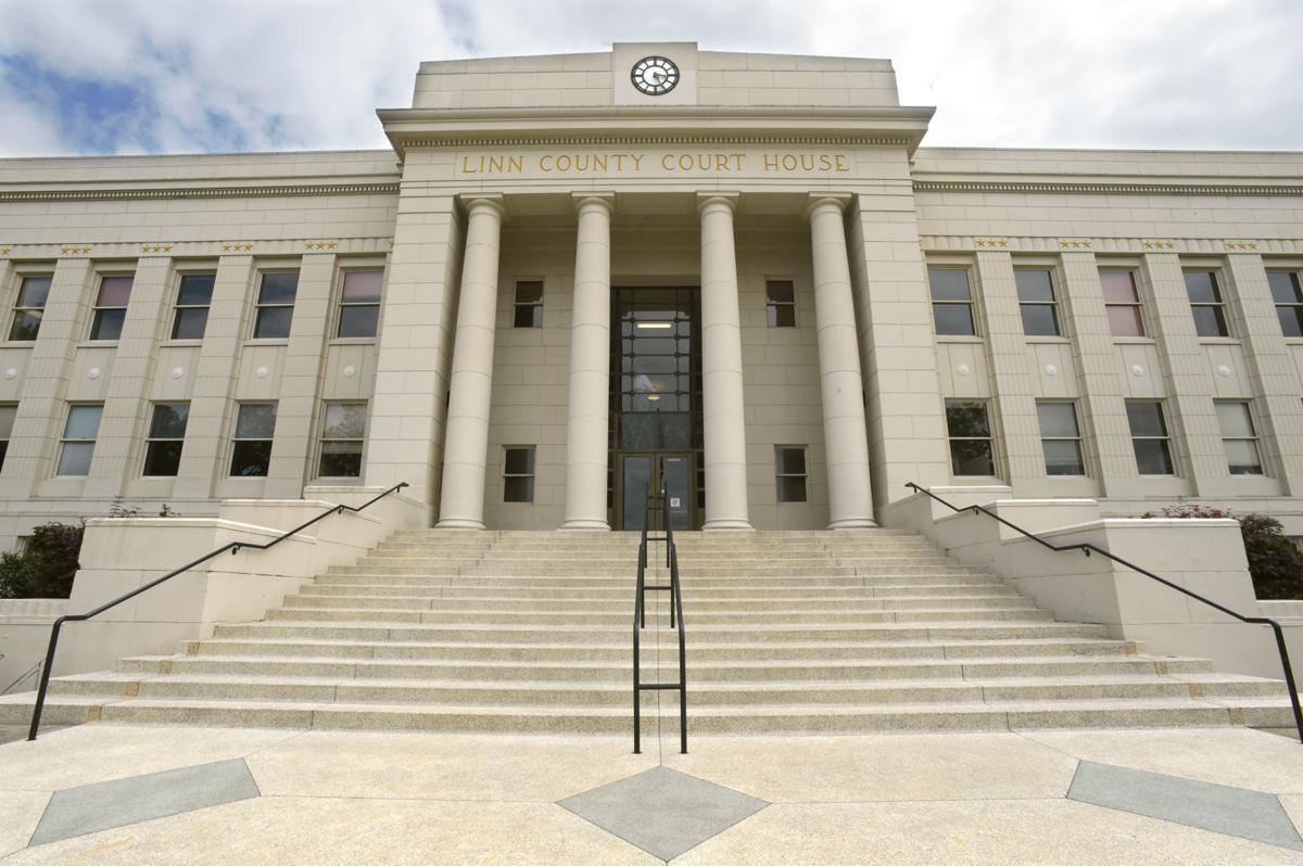 STOCK PIX Linn County Courthouse