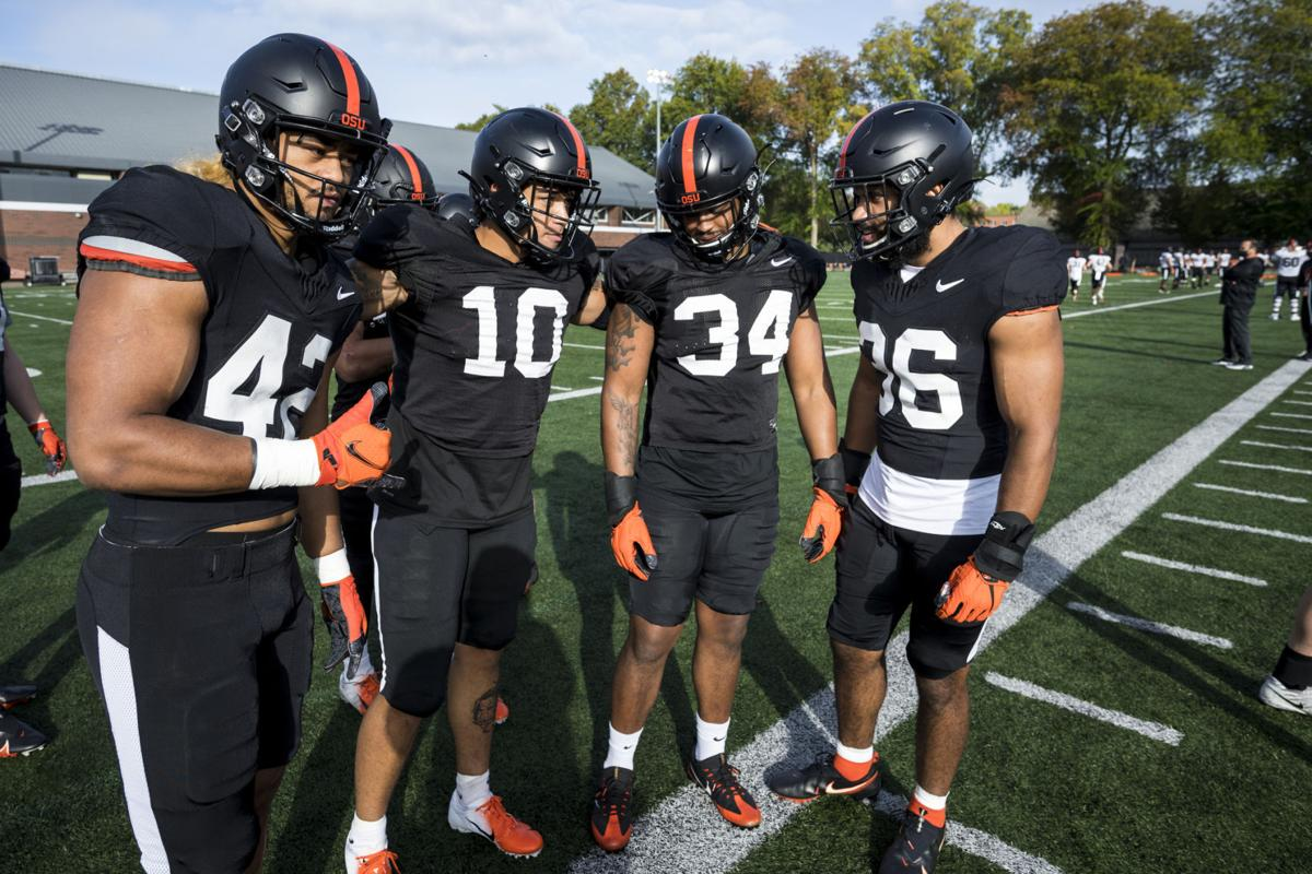 Oregon State linebackers 1