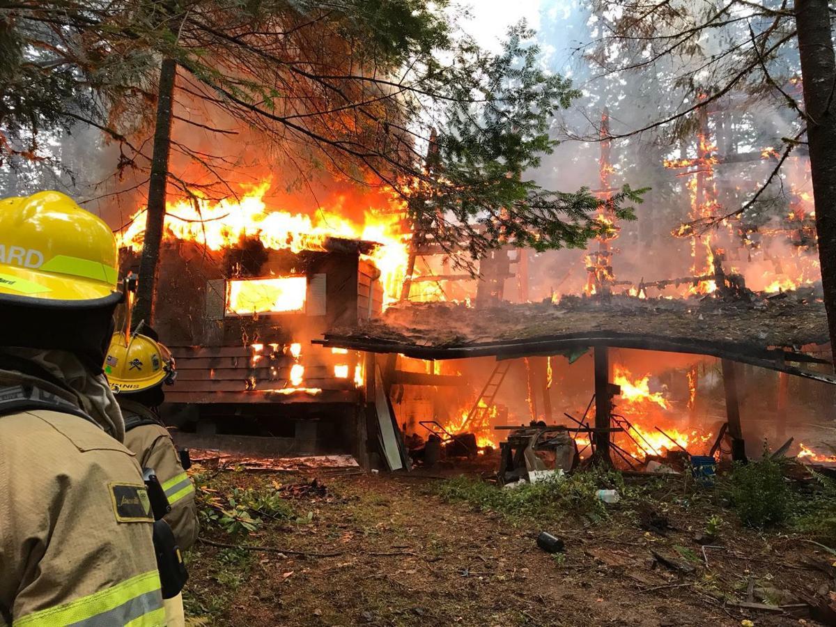 Fire destroys manufactured home, carport in Lebanon