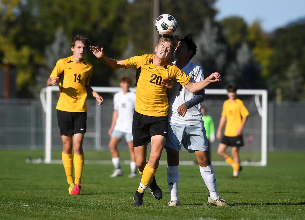 Philomath vs Cascade boys soccer 01