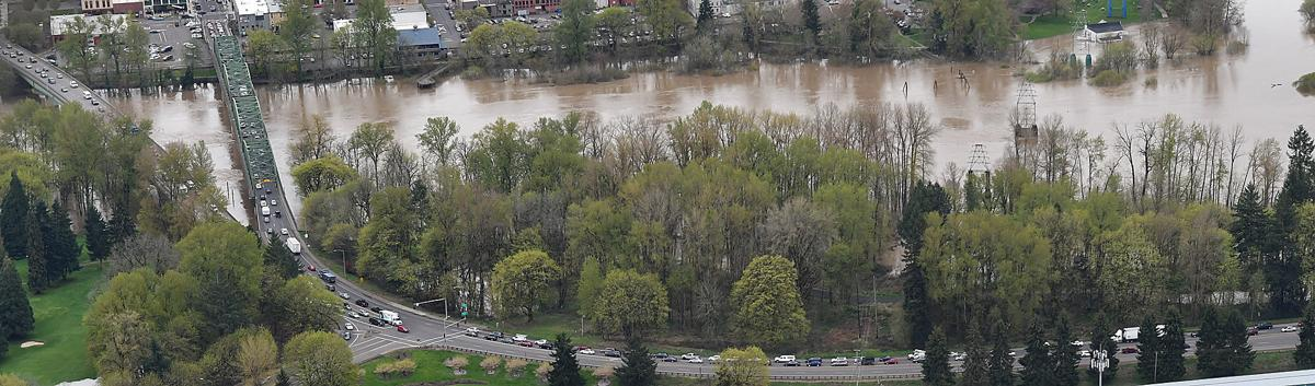 041119-adh-nws-Albany Flooding01-my