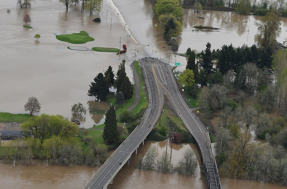 041119-adh-nws-Corvallis Flooding01-my