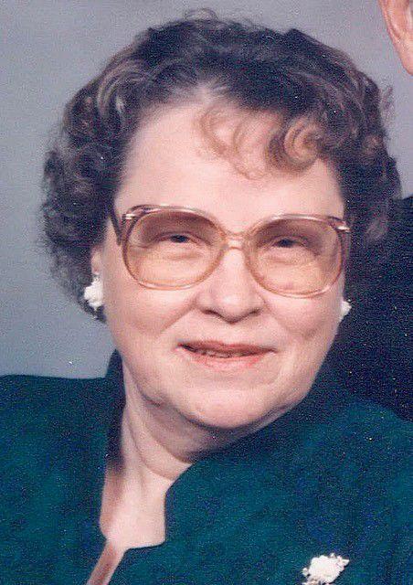 Maxine Gwen Dare