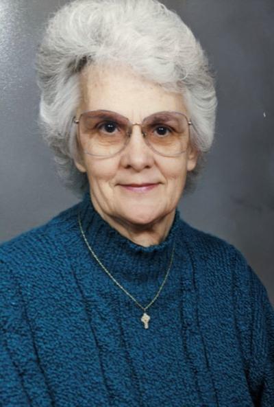 Gloria M Smith