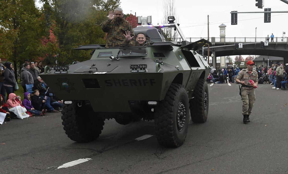 111217-adh-nws-Veterans Day Parade13-my