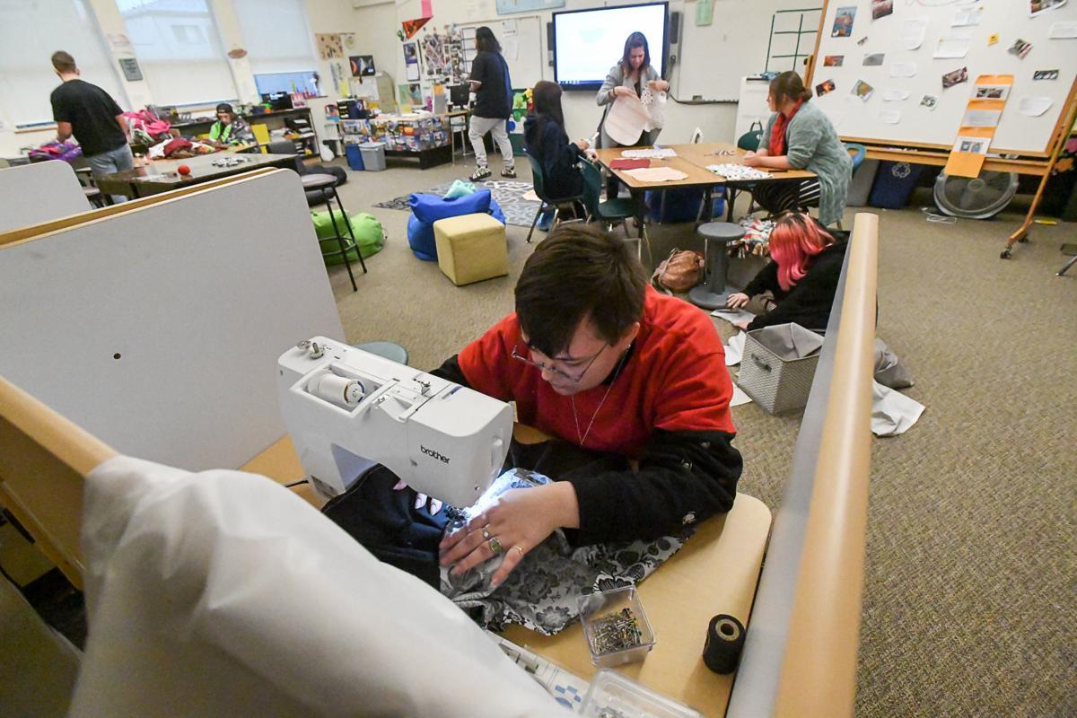AOS sewing class 01