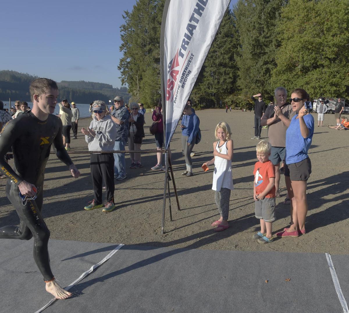 091415-adh-spt-triathlon-04-ej.JPG