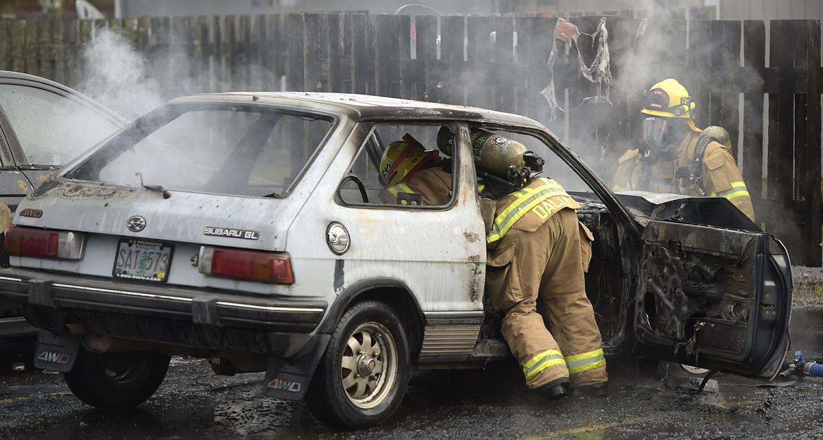 011218-adh-nws-Car Fire01-my