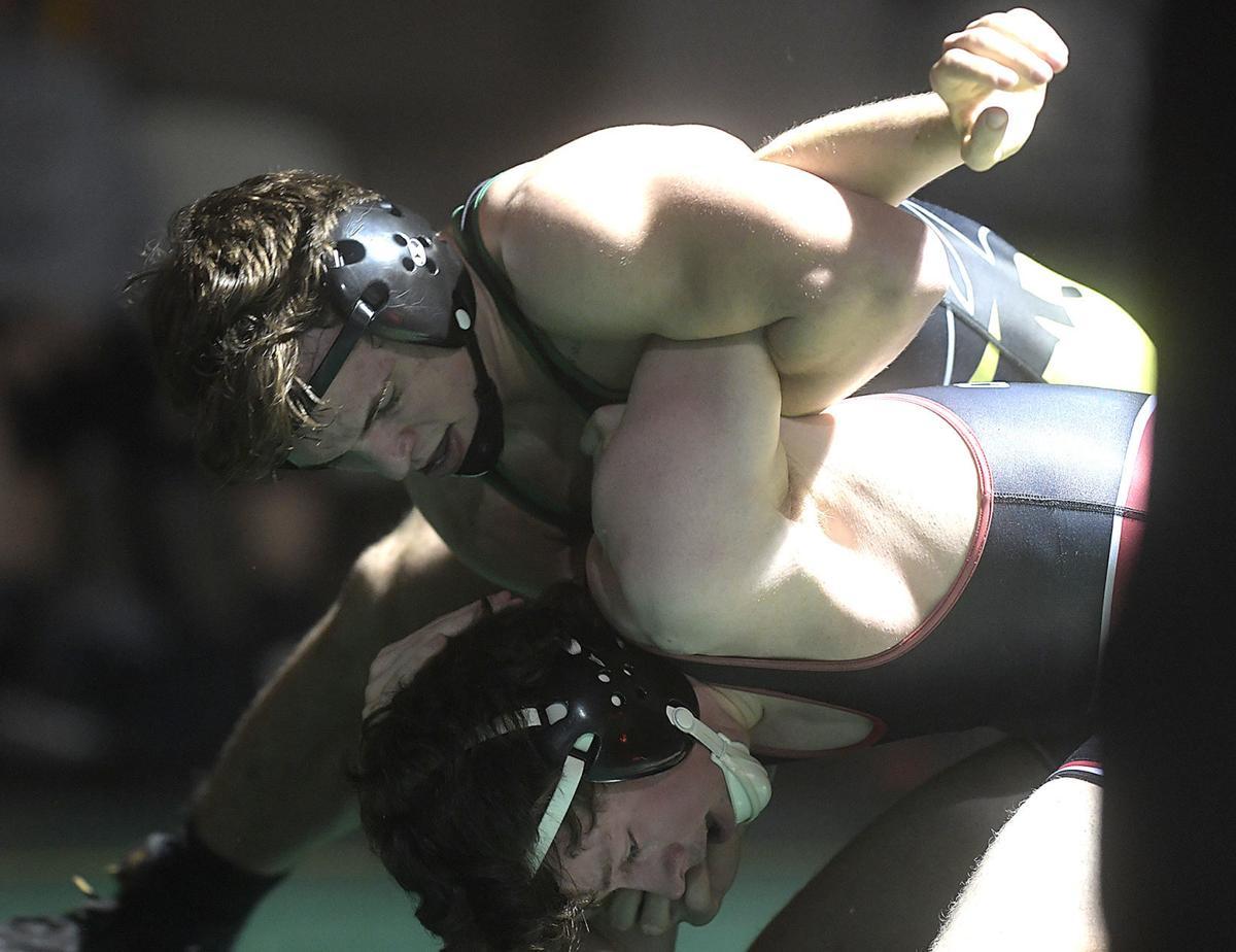 012320-cgt-spt-SH vs Tillamook Wrestling01-my